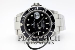 Rolex Submariner 16610 Ser . P 2001 JUST SERVICED 3710