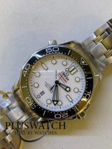 Omega Seamaster Diver 300m Co‑Axial Master Chronometer 42mm R