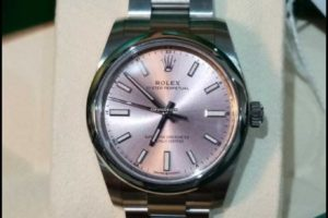Rolex Oyster Perpetual 34mm Pink Dial 124200