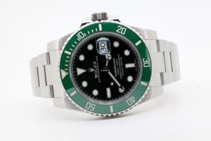 "Rolex Submariner Date ""Hulk"" 116610LV 01/08/2017 7223 JUST SERVICED"